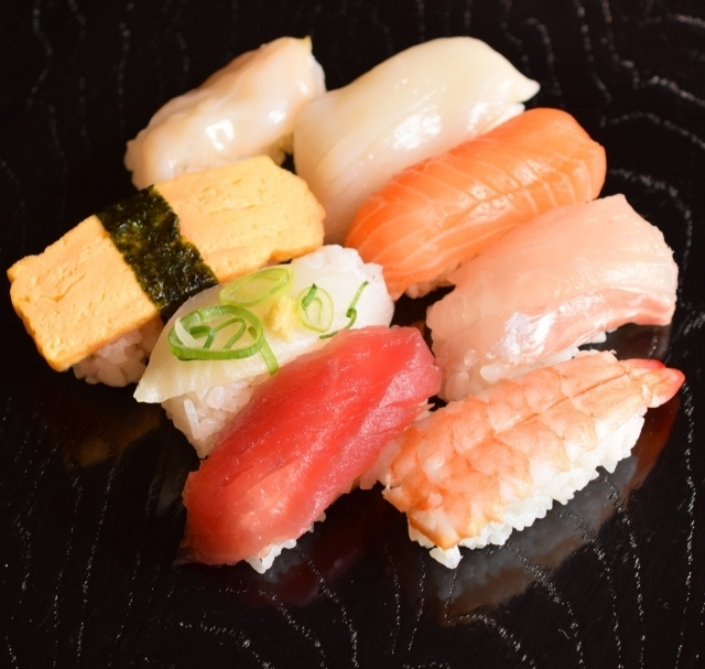 (¥1,150/h) Wanted! Hall & kitchen staff for seafood restaurant in【Ginza】