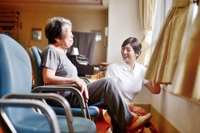 【Chiba】Day / Night Care Giver in Nursing Home