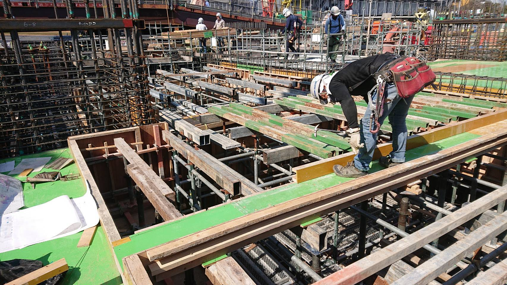 【Gifu】Carpenter at Reinforced Concrete Building Construction Sites