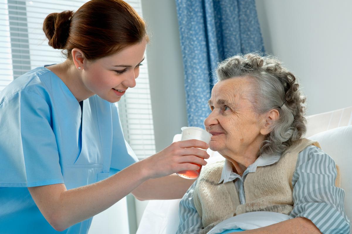 【Kanagawa, Zushi】Care Worker in Assisted Living Facility