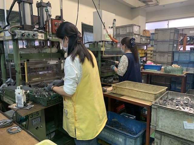 【Tokyo】 Product Inspection and Bagging Work