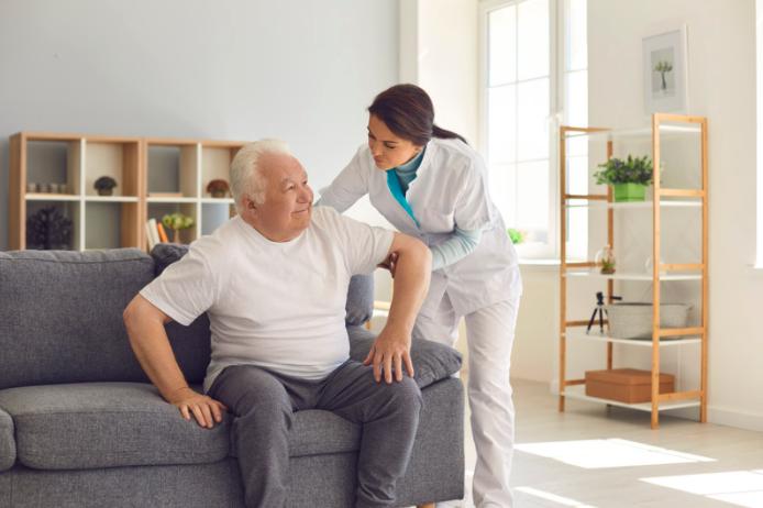 【Yokohama, Kanagawa】A caregiver position available at a nursing home!