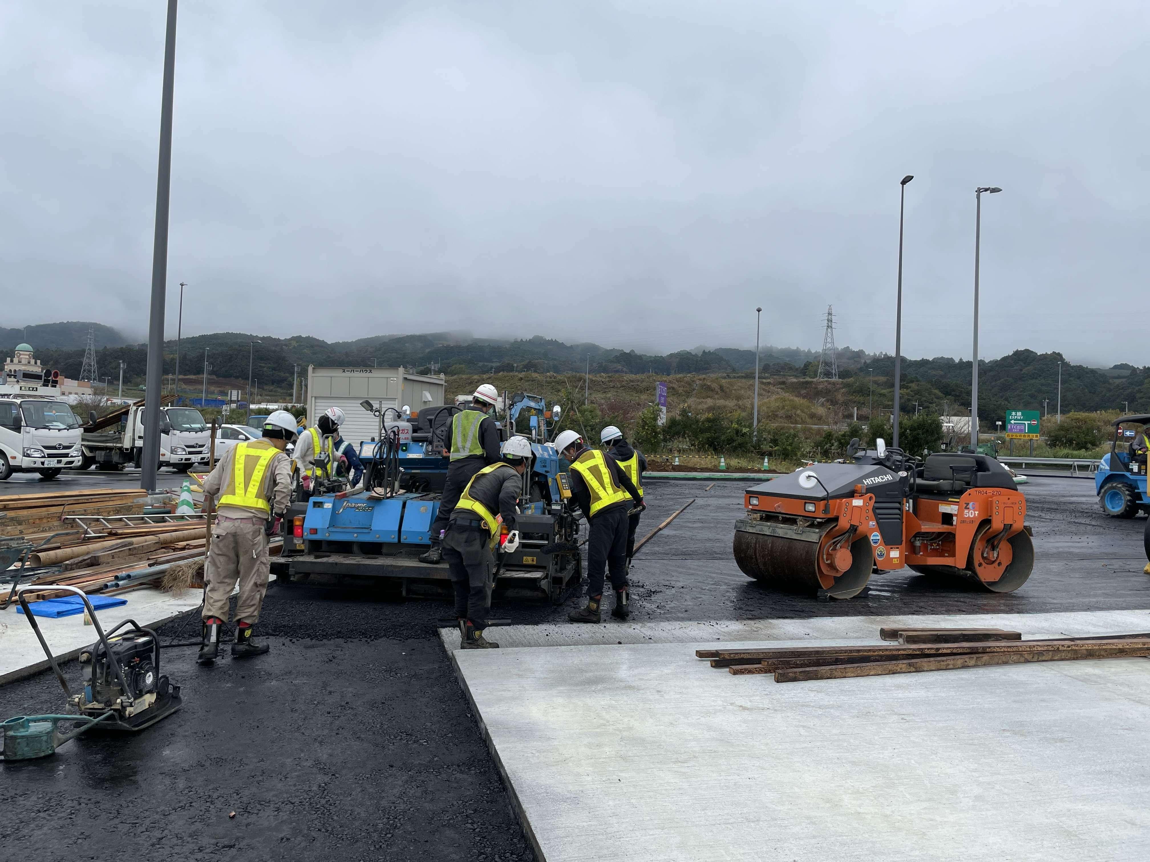 【Kanagawa】construction staff
