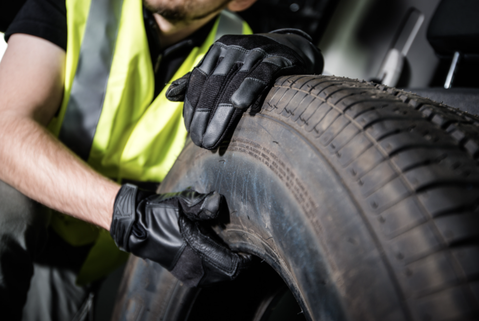 【Mie, Ise】 Looking for manufacturing staff for automobile tires!