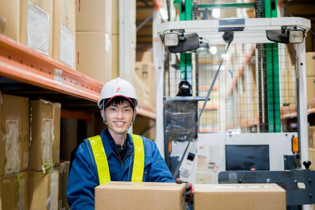 【Chiba, Funabashi】Forklift Shipping / Inspection of the Latest Smartphones!